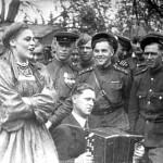 Музыкально-поэтическая композиция «Гастроли длиной в войну»