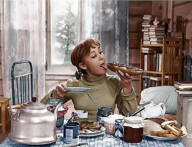 Смотреть онлайн фильм девчата 1961 в хорошем качестве в цвете