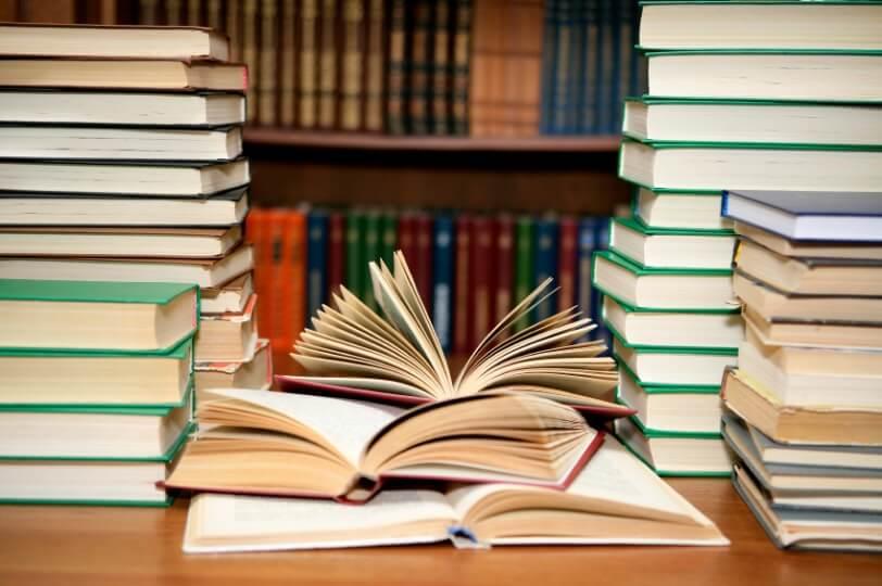 Обзор «Знакомьтесь, новые книги»