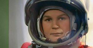 Познавательная игра «Знай наших, или первая в космосе»