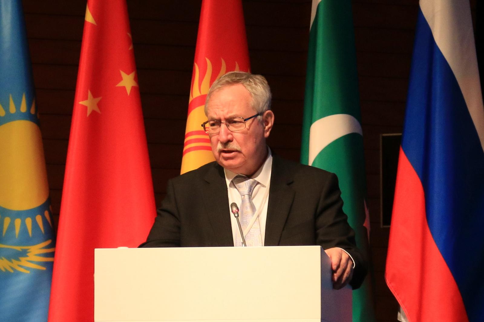 Евгений Кузьмин — заместитель председателя Межправительственного совета Программы ЮНЕСКО «Информациядля всех»
