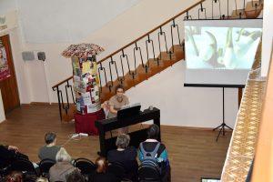 «Гимн женщине»: поздравление от Ларисы Топниковой