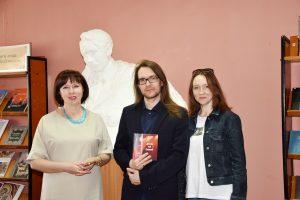 О книгах, культуре и философии: встреча с Алексеем Индриковым