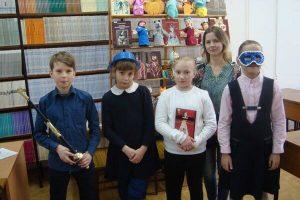 Акция библиотеки и волонтёров «Театральные чудеса»
