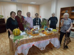 """""""Осенний хоровод"""", заседание клуба «Родник»"""