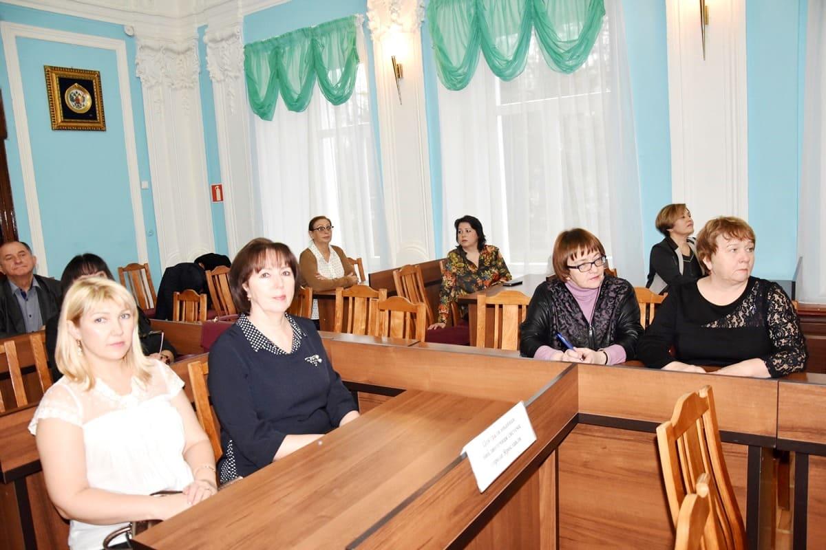 ЦБС на круглом столе к 25-летию ярославского муниципалитета
